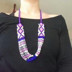 Collier tissé avec des perles miyuki style amérindien