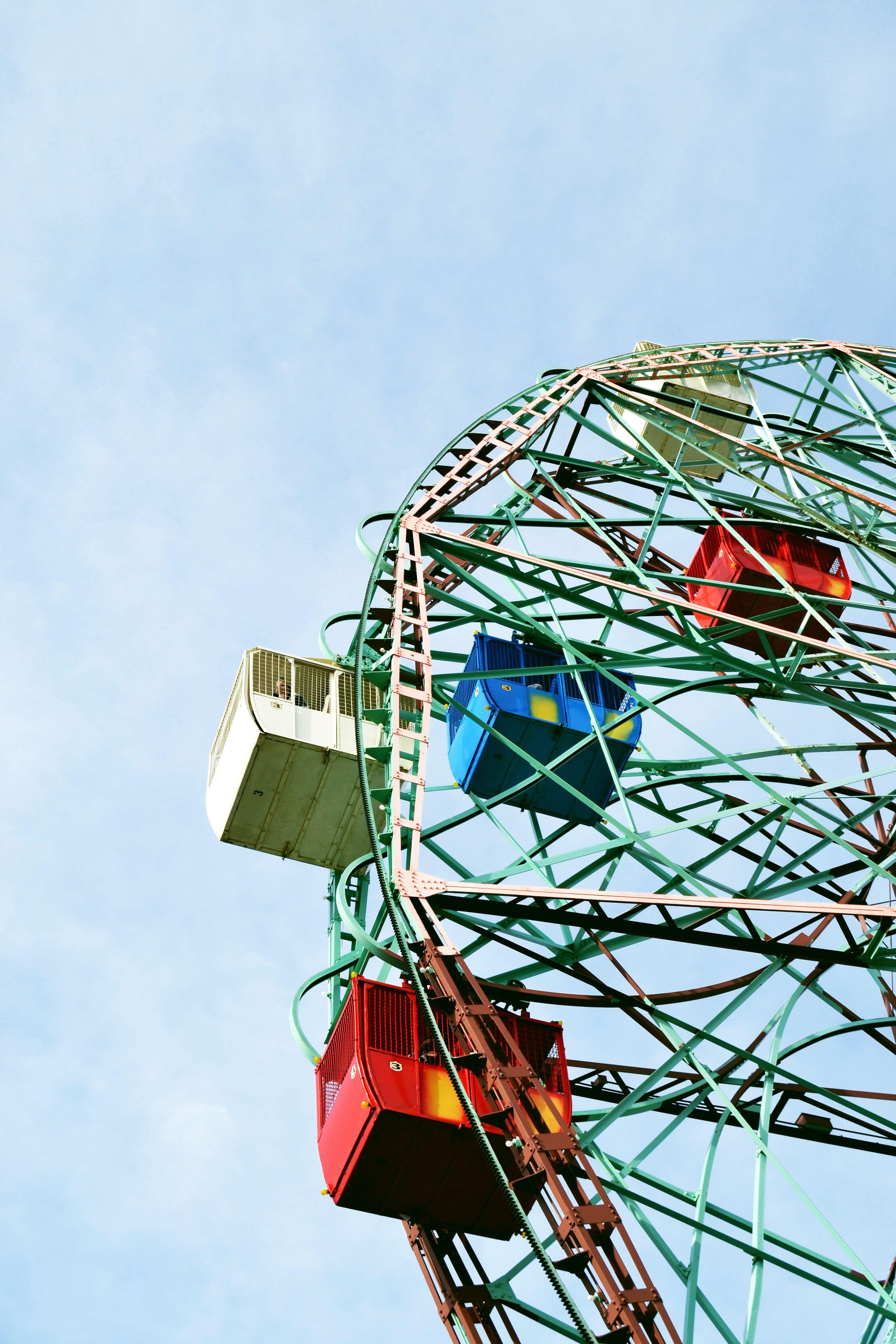 Half wheel, Coney Island, 2014
