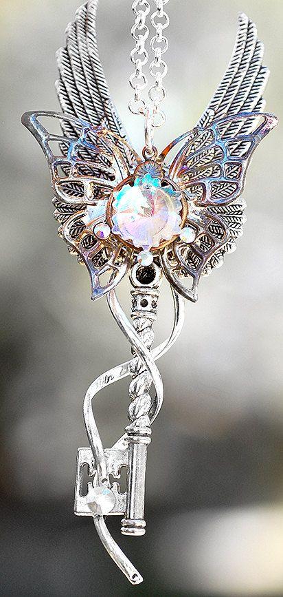 Golden Celtic Heart Gears Key Necklace Keys Jewelry