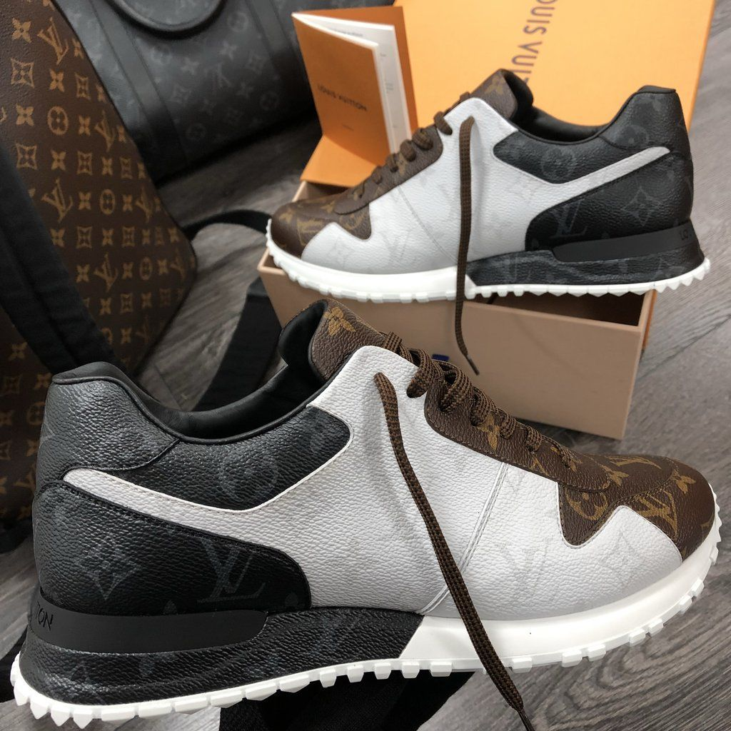 2019 original bébé artisanat de qualité LOUIS VUITTON RUN AWAY SNEAKER MONORGRAM | Casual Shoes ...
