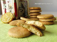 Galletas de limón sin mantequilla y sin lactosa - http://www.monstruorecetas.es/2015/12/galletas-limon-sin-mantequilla.html