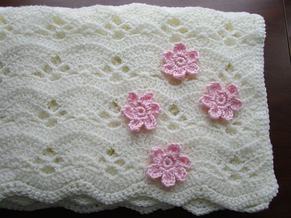 The Large Fan Stitch Crochet Blanket Produces A Beautifully Textured