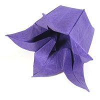 Origami Flower Tutorials Includes Roses Lotus Iris Bluebell Daffodil Pansy Cosmos Tulip L Origami Flowers Tutorial Paper Crafts Origami Origami Flowers