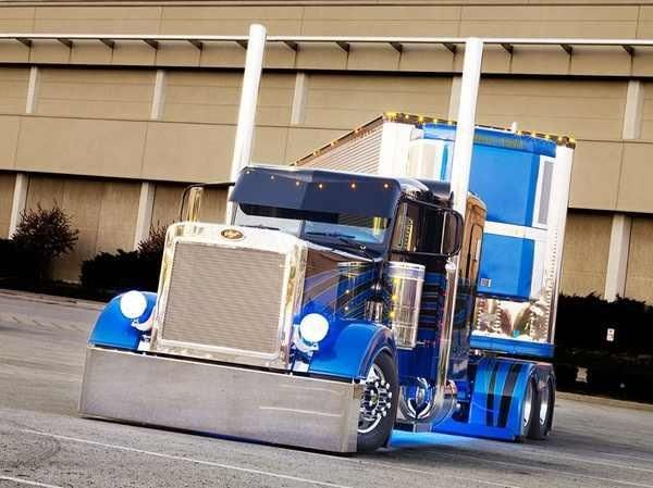 Peterbuilt Trucking Is My Life I Would Travel In This Truck