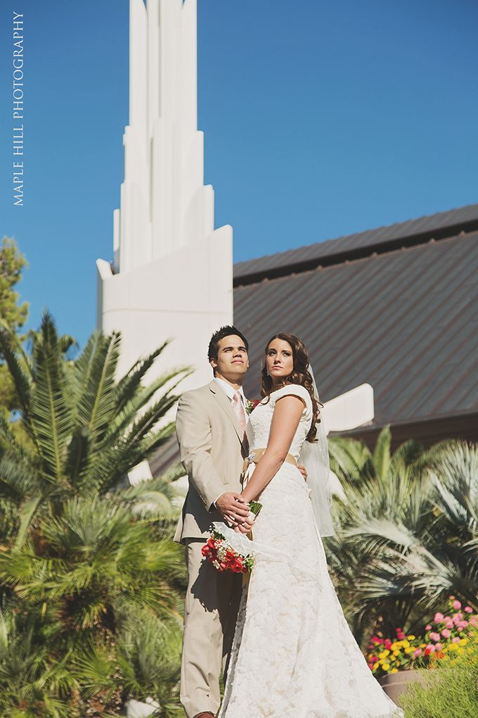 Las Vegas Wedding Photos by Maple Hill Photography. Bride and Groom.