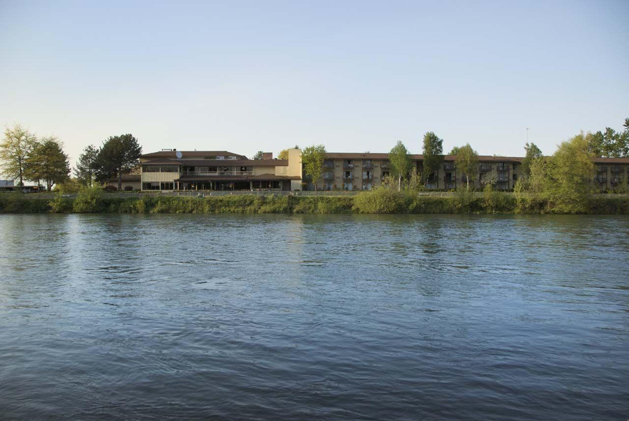 Hotels In Eugene Oregon River Inn Valley River River