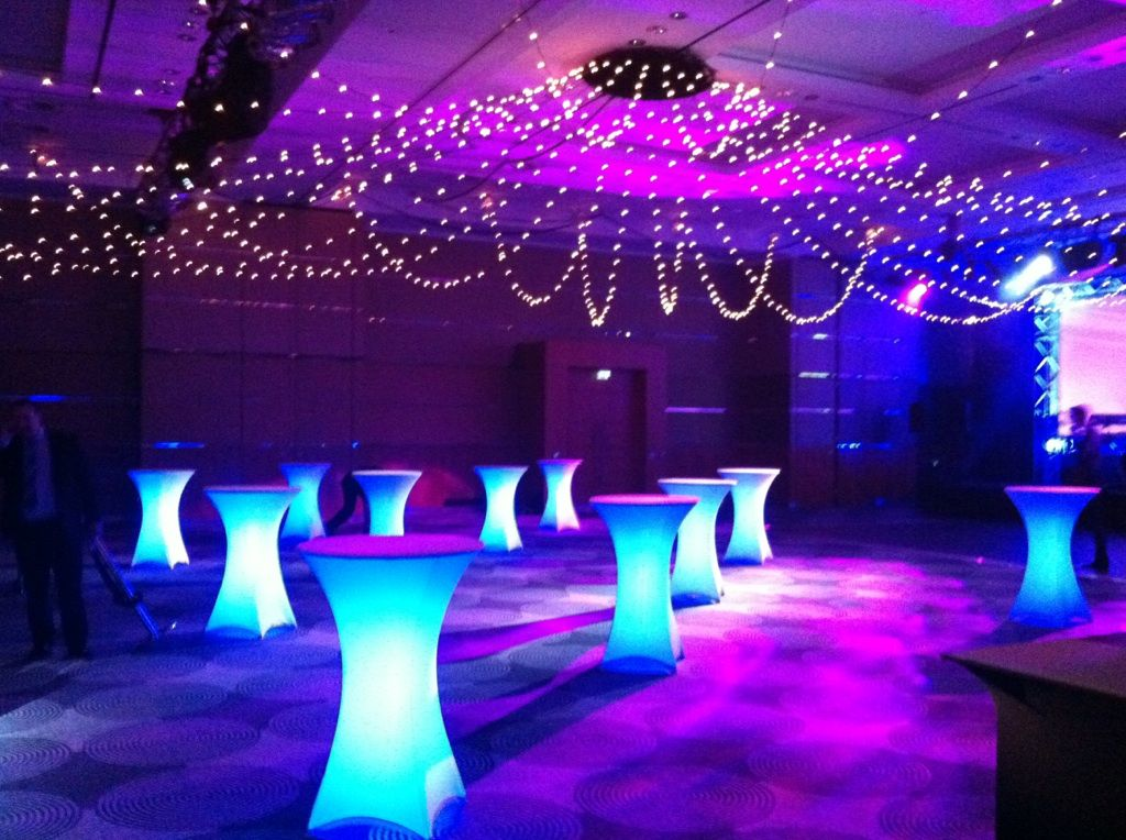 Illuminated And LED Furniture To Make Your Event SHINE