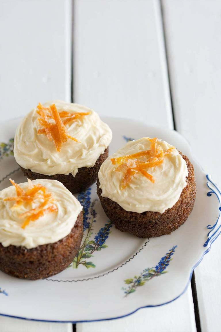 carrot orange cakes