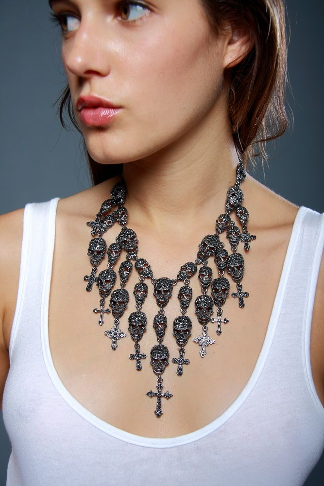 www.hautedemand.com  skull jewel neckless