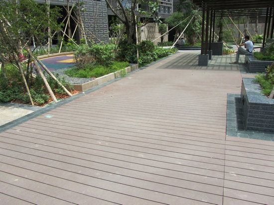 Best Tongue And Groove Waterproof Composite Porch Floor Curved 640 x 480