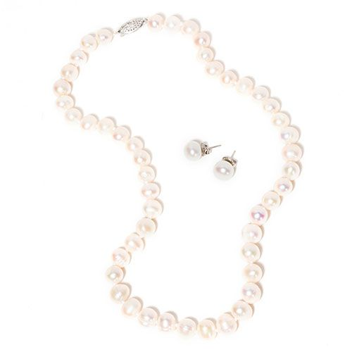 Genuine Freshwater Pearl Necklace & Earring Set by Imperial Pearl on Must Have Monday retail: 141.00 5/15