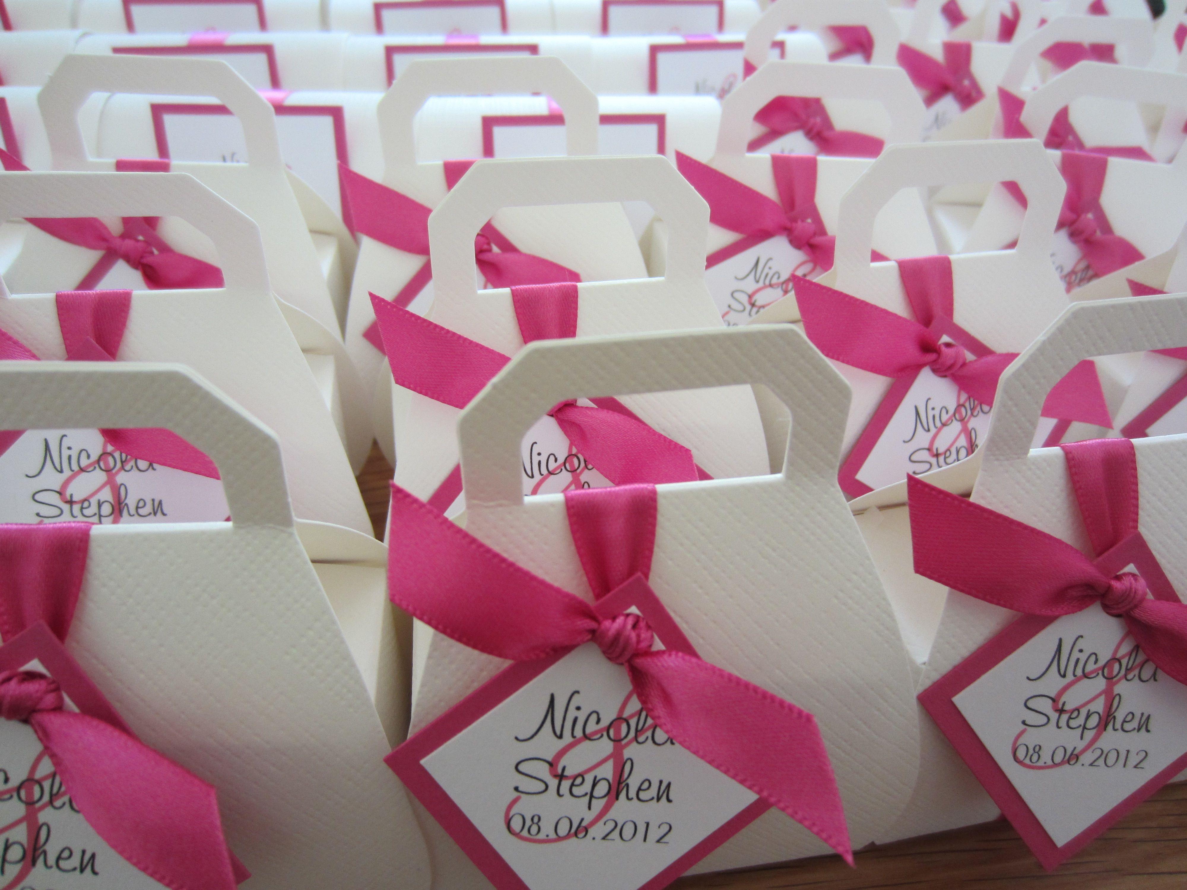 Hot Pink handbag wedding favours from www.littlegemsweddings.co.uk ...
