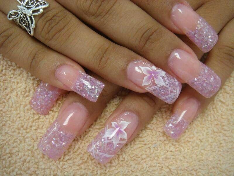 Encapsuladas … | Diseño de uñas | Pinterest | Diseños de uñas, Arte ...