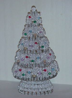 Safety Pin Christmas Tree Pattern