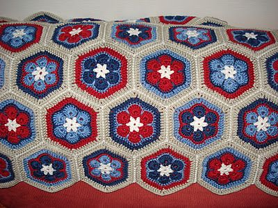 beautiful african flower afghan Love these colors | hexagons and ...