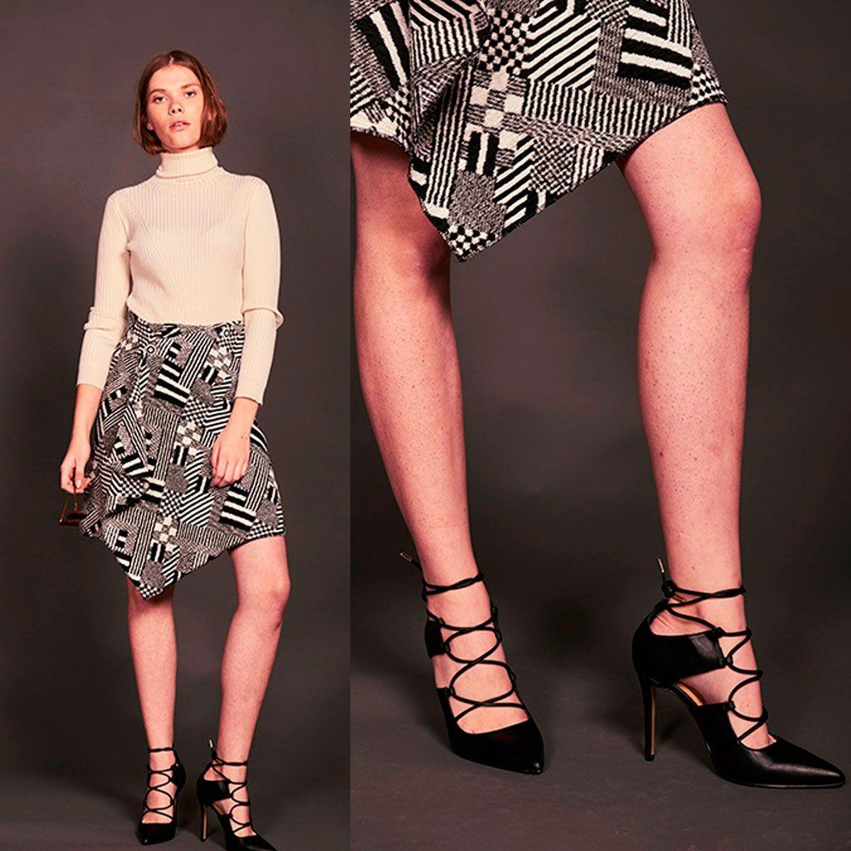 A tiempos revueltos, ¡buena cara!😁 Te proponemos para el fin de semana el zapato perfecto de entretiempo.  Mod. JESSICA >>> http://bit.ly/exe-Zapato-CÓCTEL-negro  #exeshoes #exeshoes_spain Look elaborado por : #telva para el #shoppingbytelva