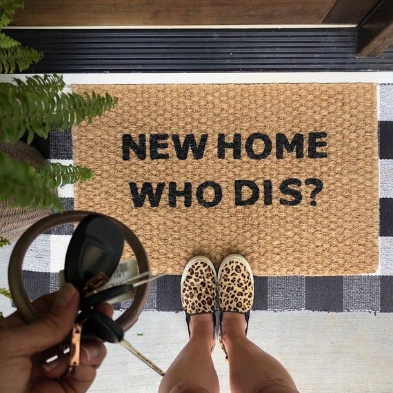 New Home Who Dis Welcome Mat! Funny doormats for fun people