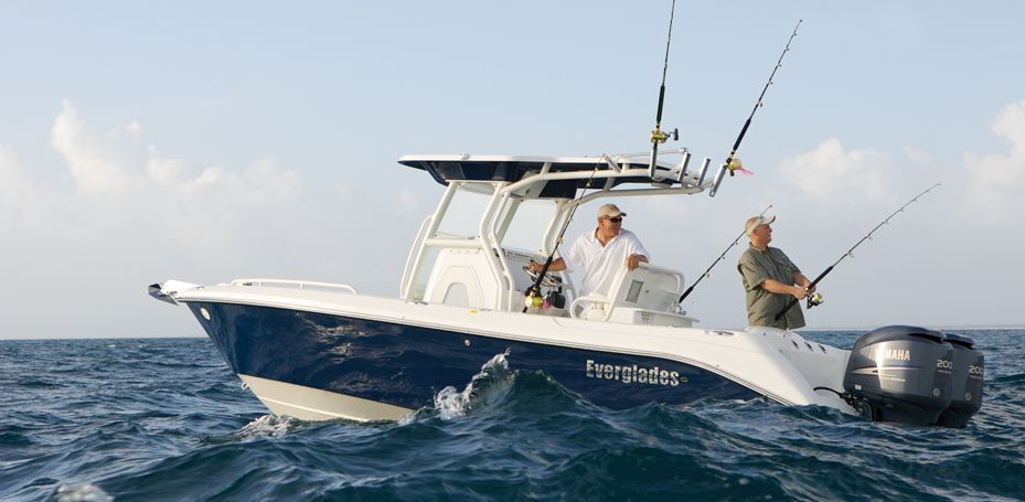 Everglades 250cc Luxury Family Fishing In A 25 Foot Center