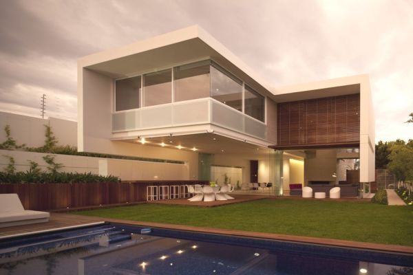 Wonderful Luxury Home Designs: Stunning Luxury Home Exterior Design ...