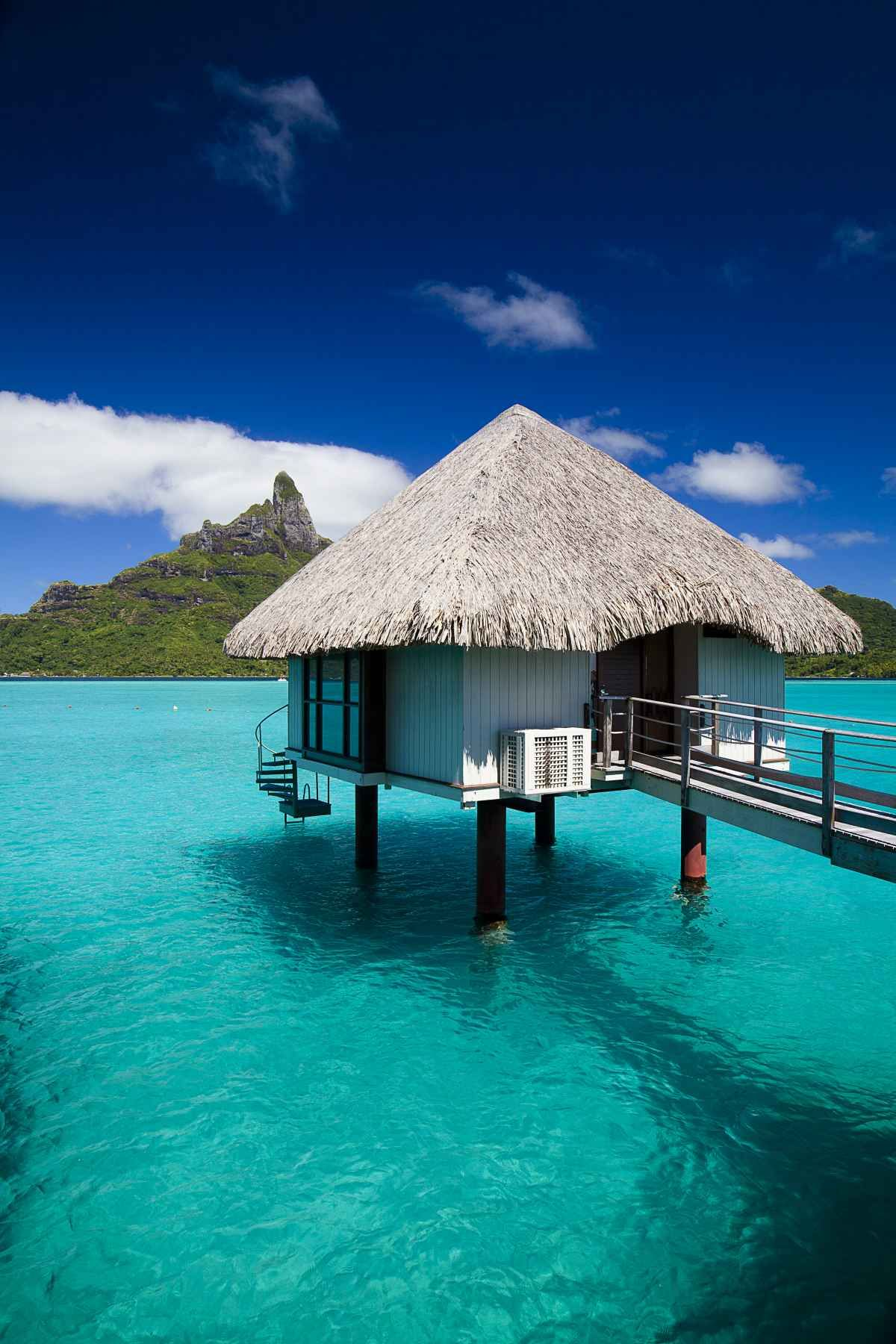 50 Best Overwater Bungalow Photos From Tahiti