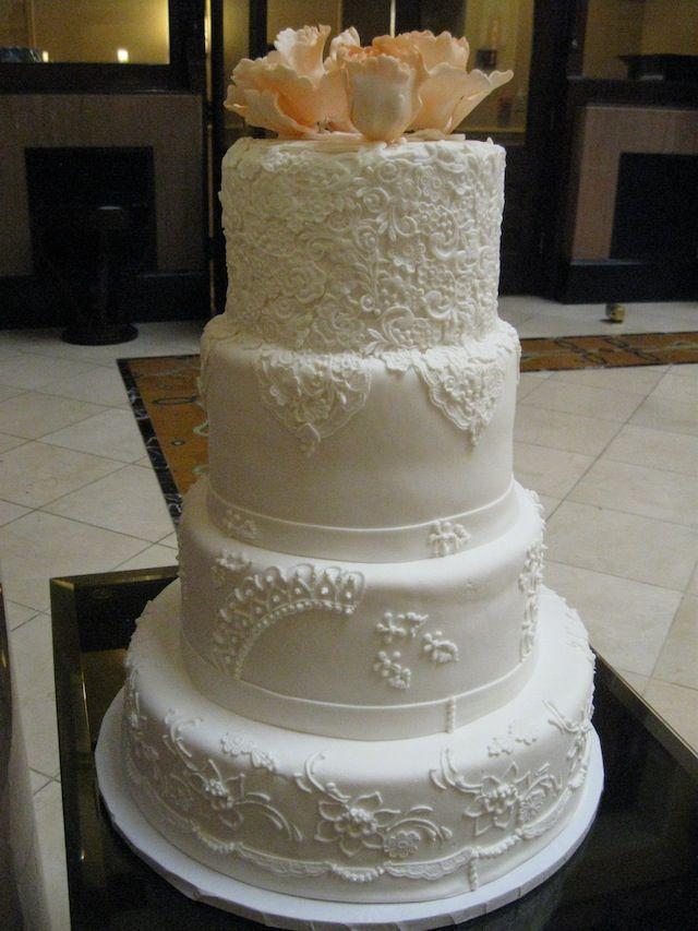 classic fondant wedding cakes nashville white on white cake signature cakes by vicki. Black Bedroom Furniture Sets. Home Design Ideas