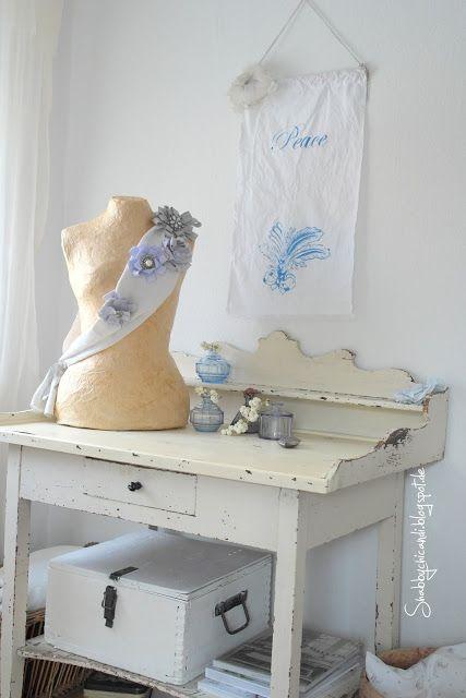 shabby chic dekoration wohnzimmer mit schneiderpuppe | craft ... - Shabby Chic Deko Wohnzimmer