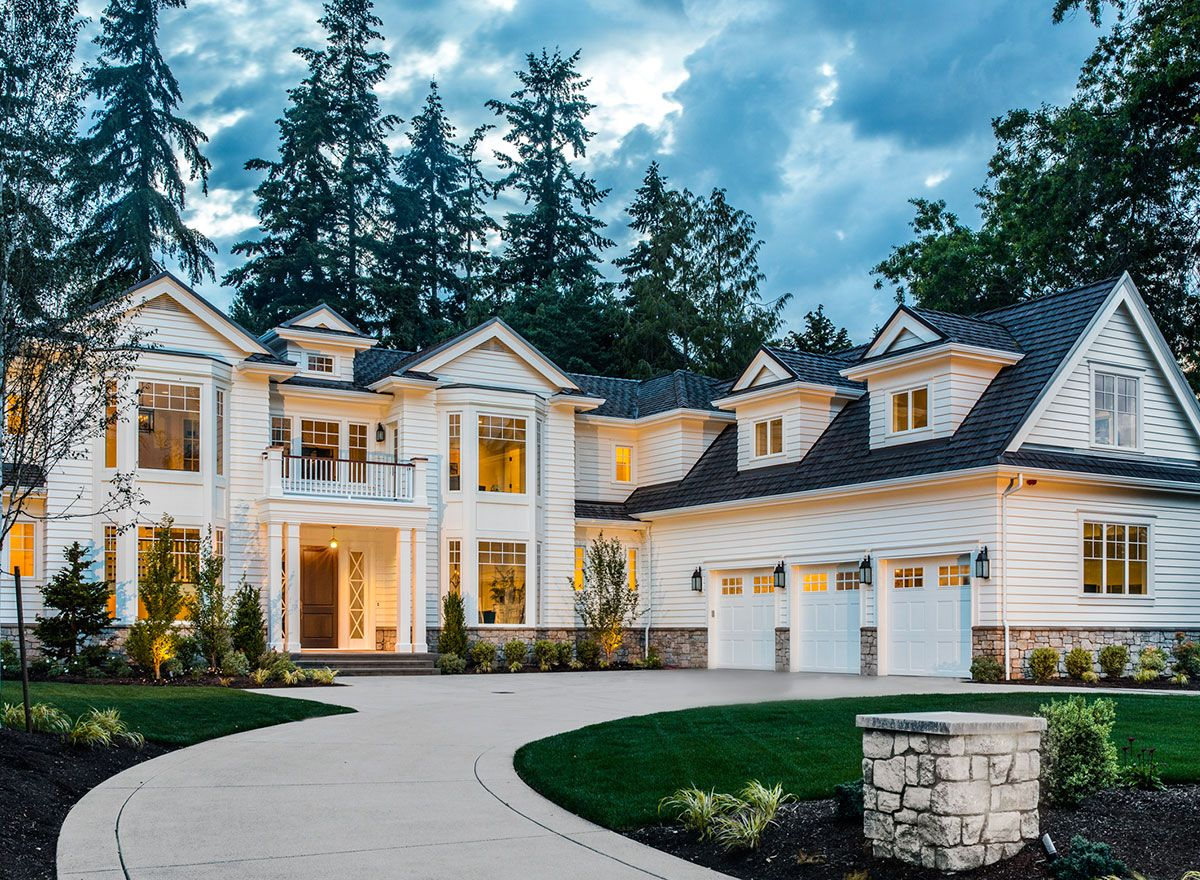 Strikingly Beautiful Traditional House Plan