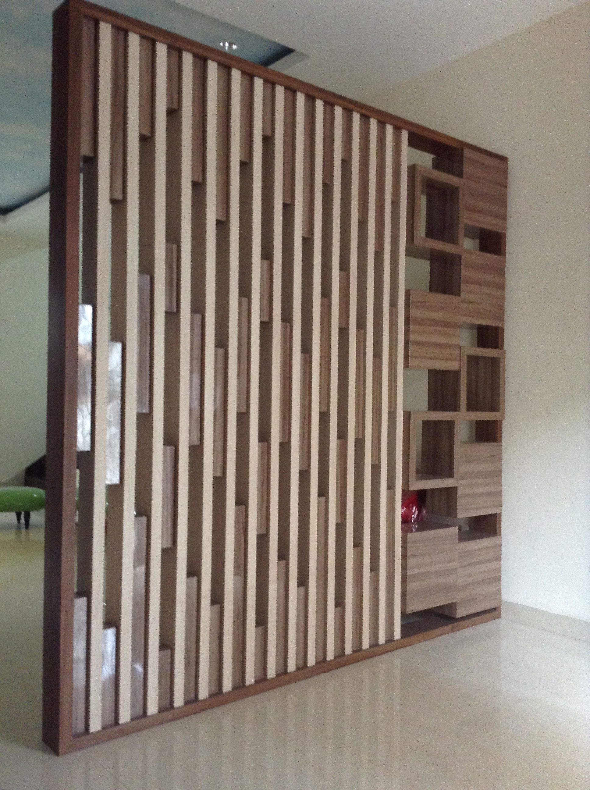 Best Partition At Foyer Area Home Decor Hall Interior Design 400 x 300