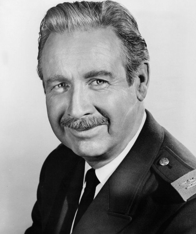 In memory: Arthur O'Connell - (b March 29, 1908 NYC) died of Alzheimer's Disease on May 18,1981 at age 73