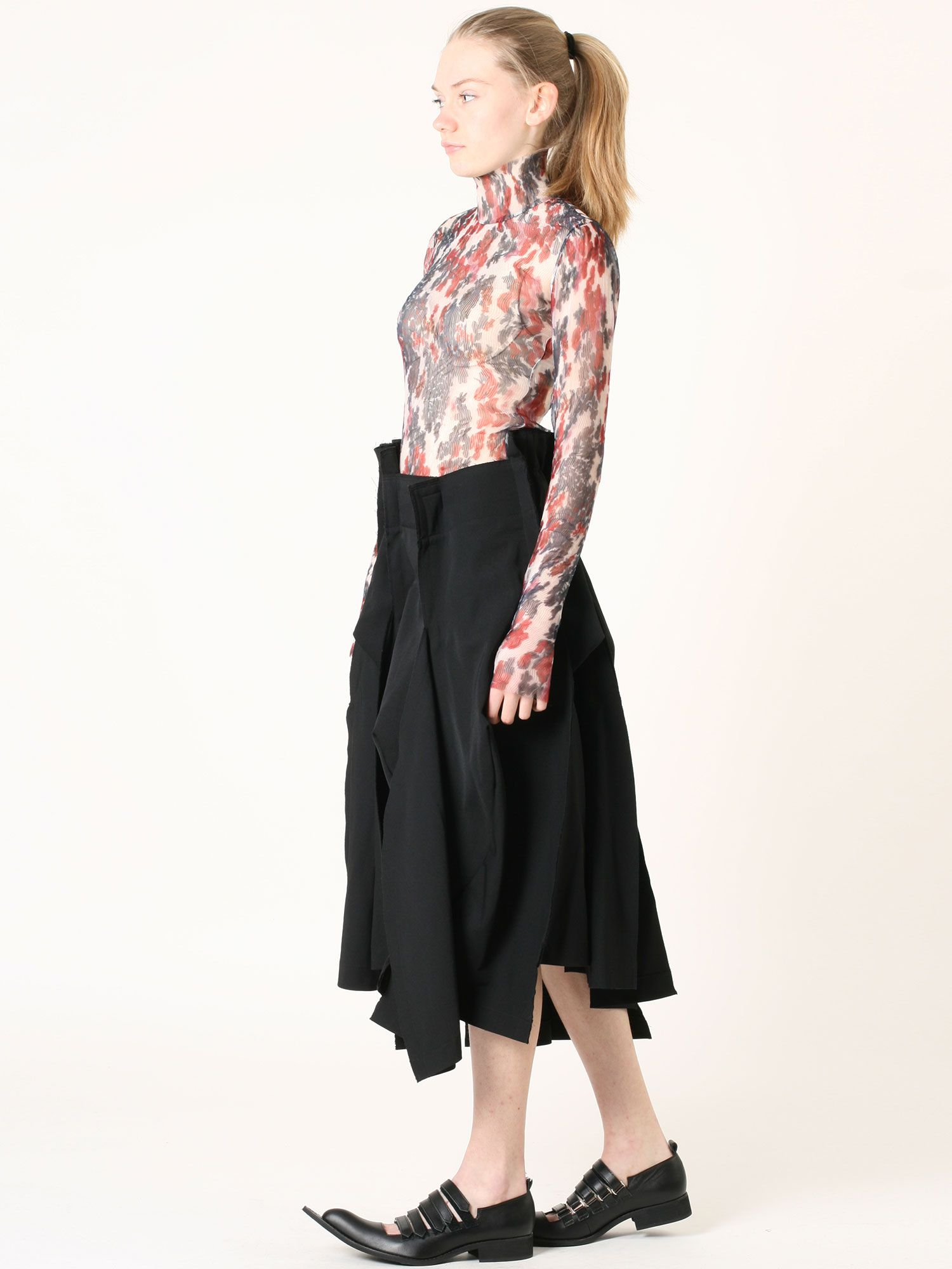 Spring 2016 look: Comme des Garcons skirt&shoes, Yang Li body