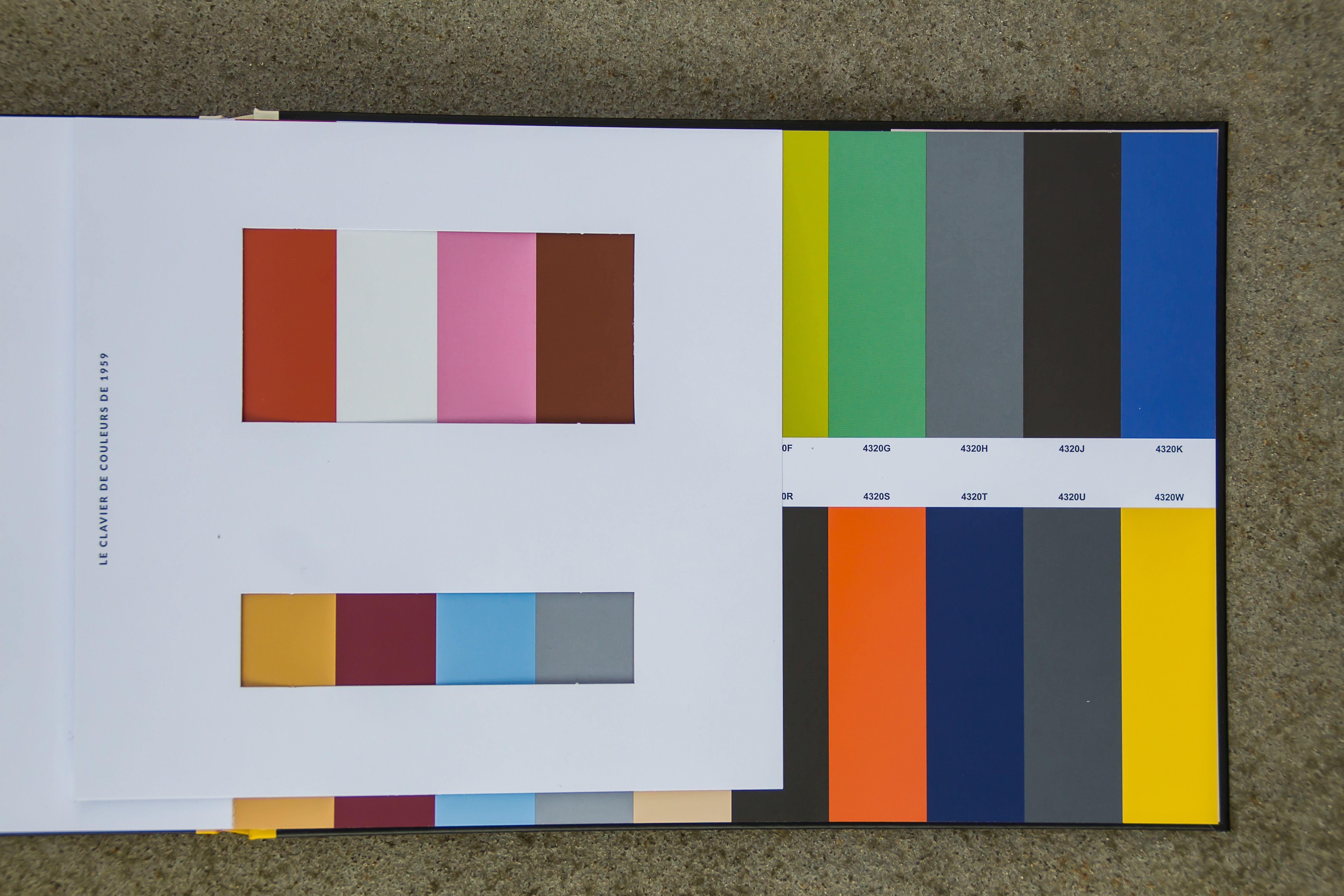 Le Corbusier Claviers De Couleurs Musterbox - Sample Box And