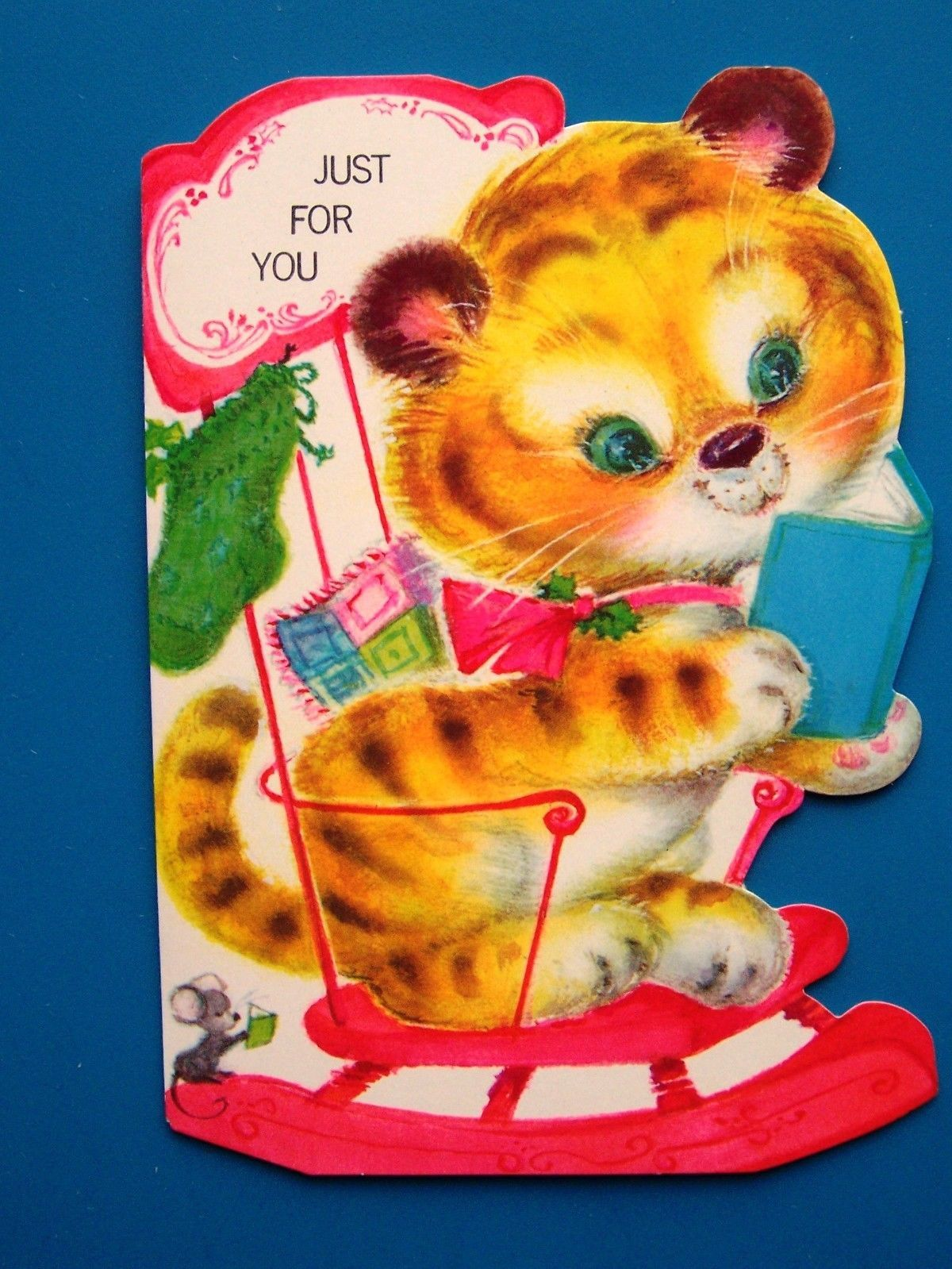 Vintage Christmas Card UNUSED MOD Tiger Kitten Blue Eyes in PINK Rocking Chair 2