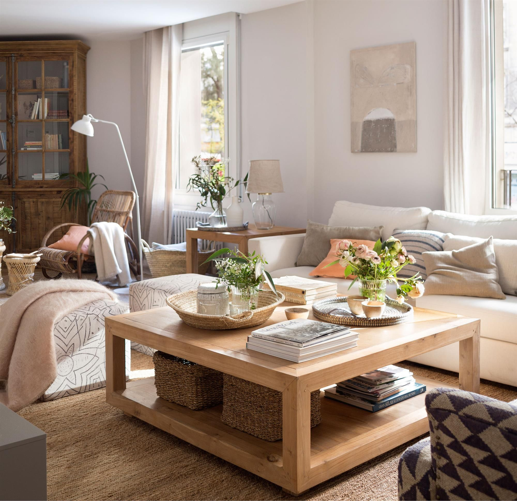Mesa de centro cuadrada de madera_00451642 O | Pinterest | Modelos ...