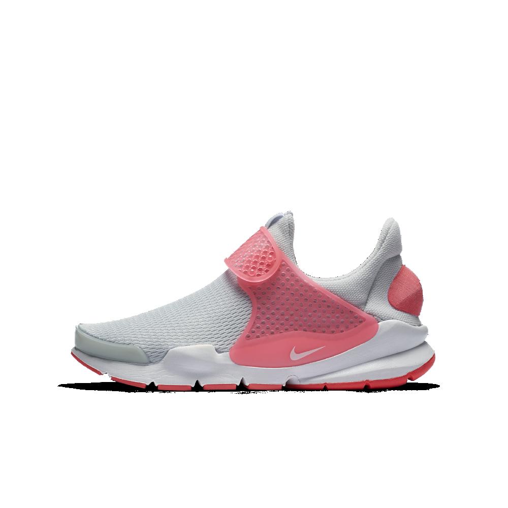 sale retailer 3ed7c e683f Nike Sock Dart Big Kids' Shoe Size 4Y (Silver) | Products ...