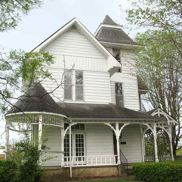 Save This Old House Indiana Queen Anne Old Houses Updating House House Styles