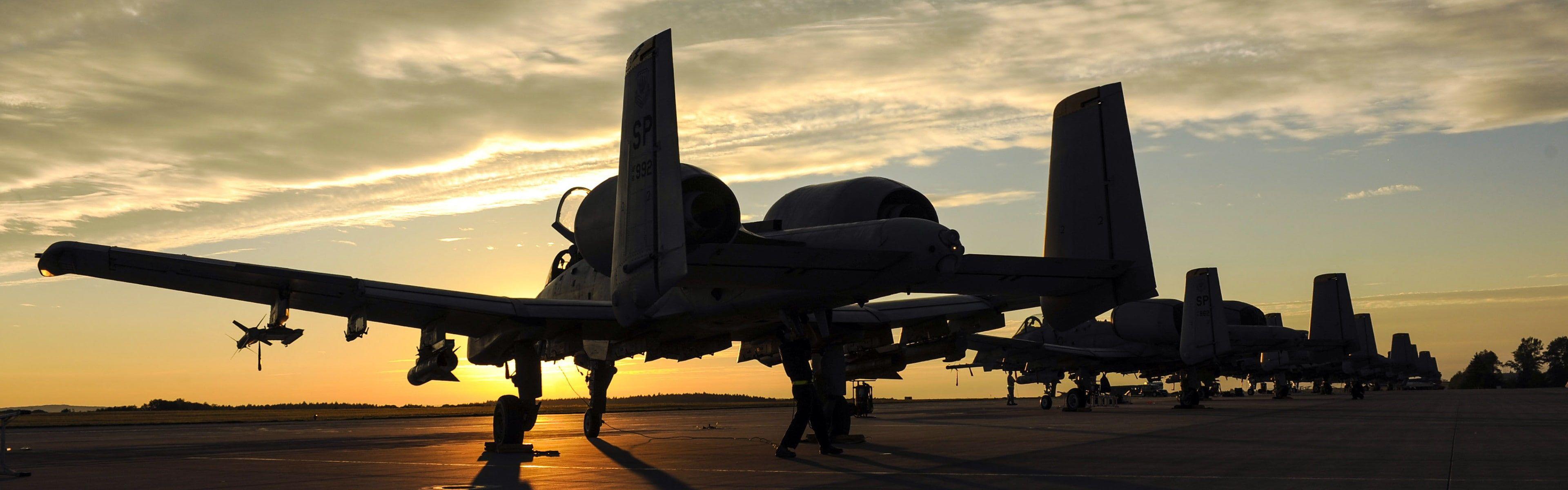 Fairchild A 10 Thunderbolt Ii Sunset Military Aircraft Aircraft Dual Monitors Multiple Display 4k Wallpap In 2021 Military Aircraft Aircraft Dual Monitor Wallpaper