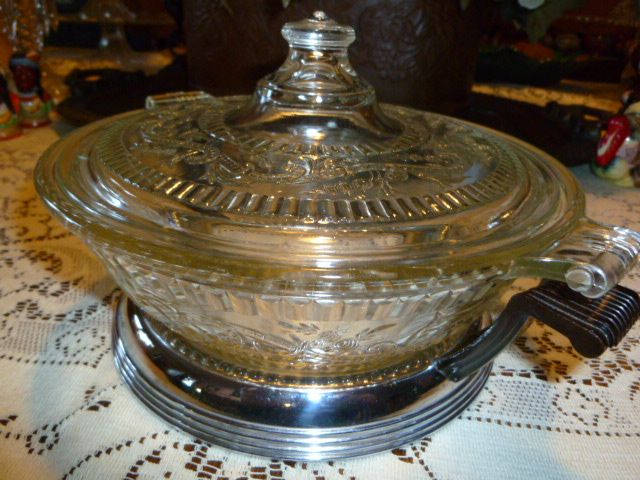 Embossed Pyrex Clear Glass Casserole Made In 1936