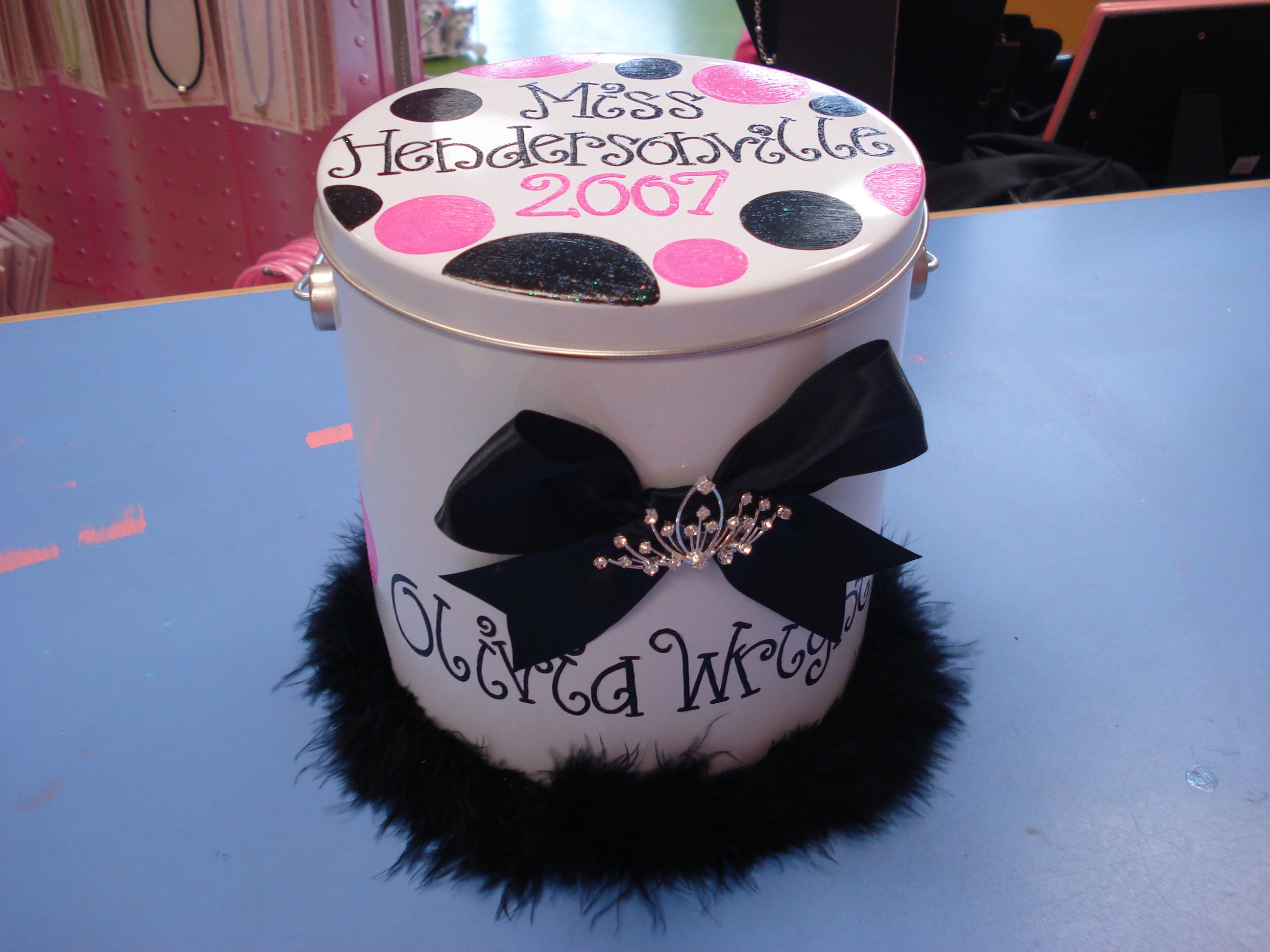 Pageant Queen Crown Tin