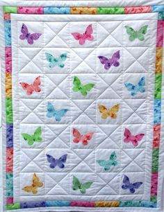 This is a pretty idea for a butterfly quilt. #butterfly #template ... : butterfly applique quilt - Adamdwight.com