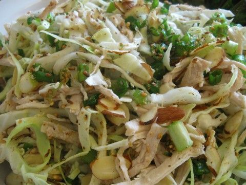 cabbage chicken salad - looks delicious yet healthy!.