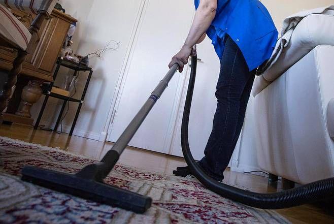 Siivouksesta voi saada kotitalousvähennystä.