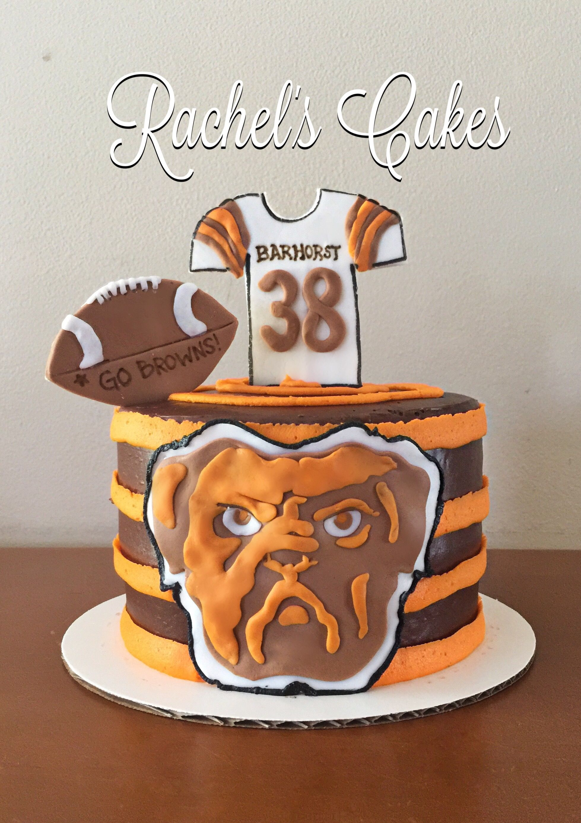 Cleveland Browns Cake With Images Cake Decorating Football