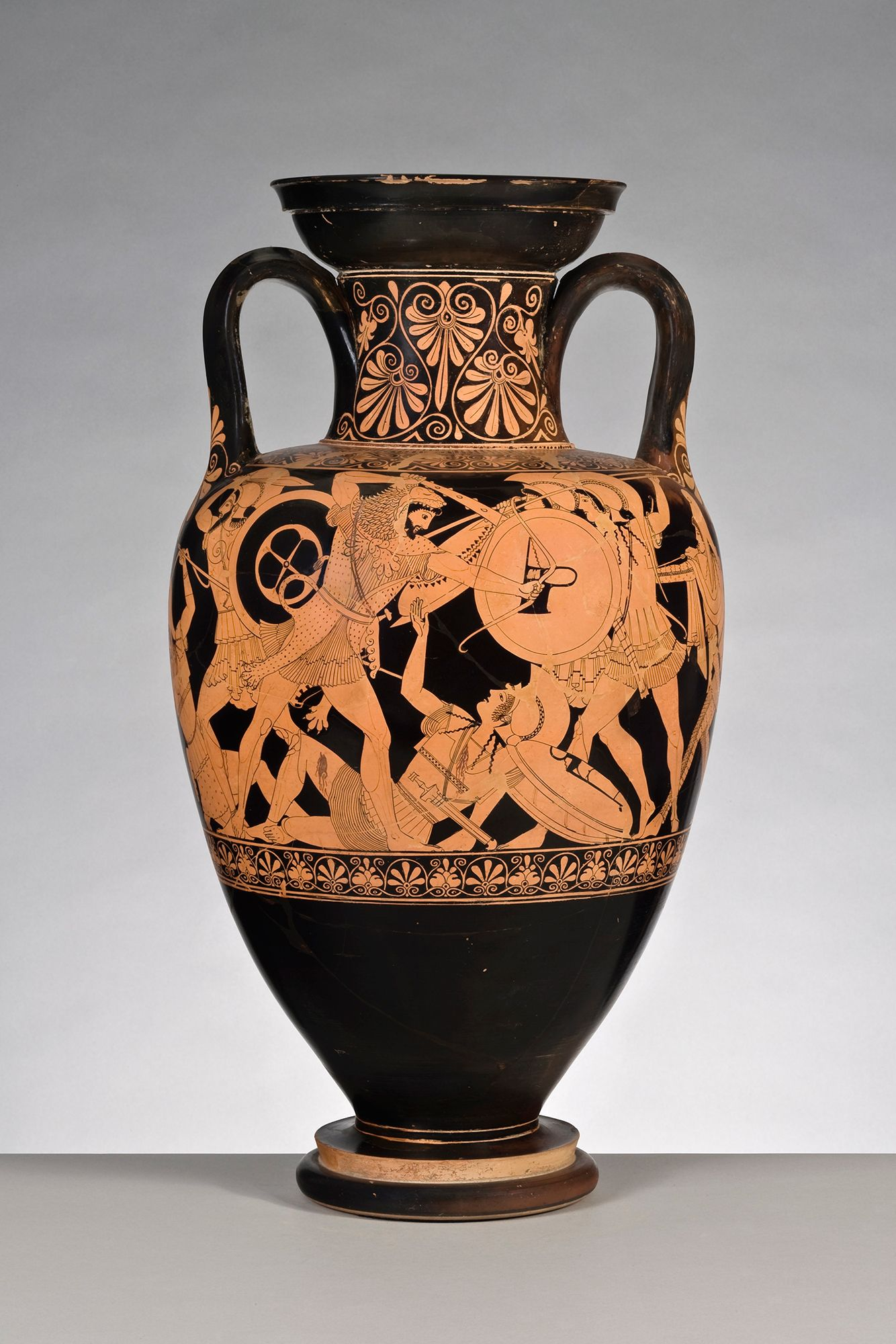 Red figure neck amphora with ridged handles showing a battle red figure neck amphora with ridged handles showing a battle between two greeks and reviewsmspy