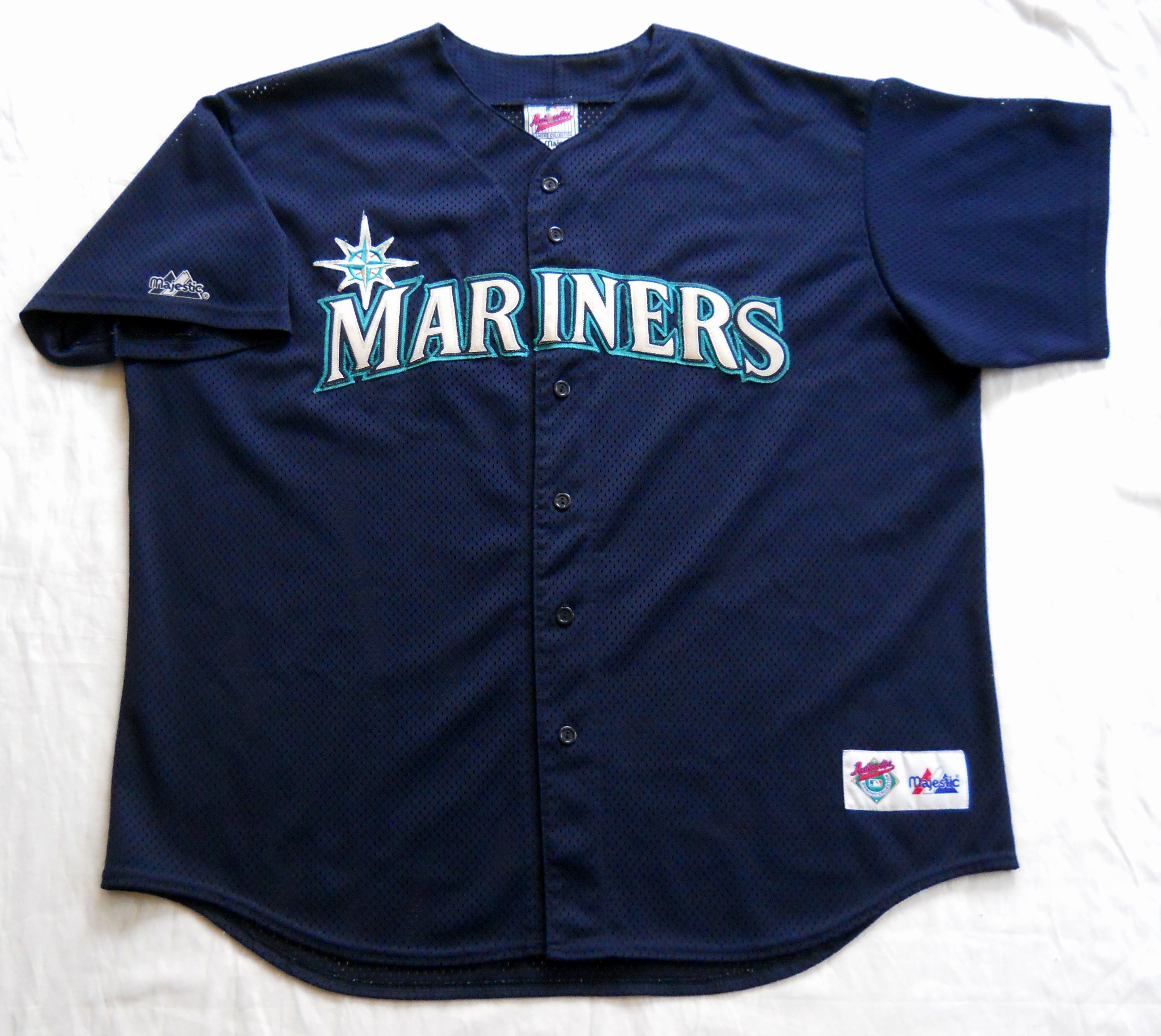 1d8e546f Vintage late 90s Seattle Mariners Authentic Diamond Collection Batting  Practice Jersey by Majestic. Men's XL (pre-owned)