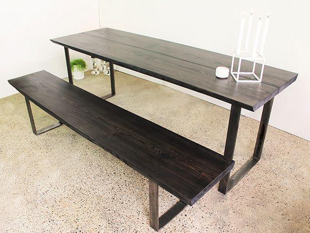 Smukt plankebord i lækker og stilet vin-rød nuance. Bestil dit eget ...