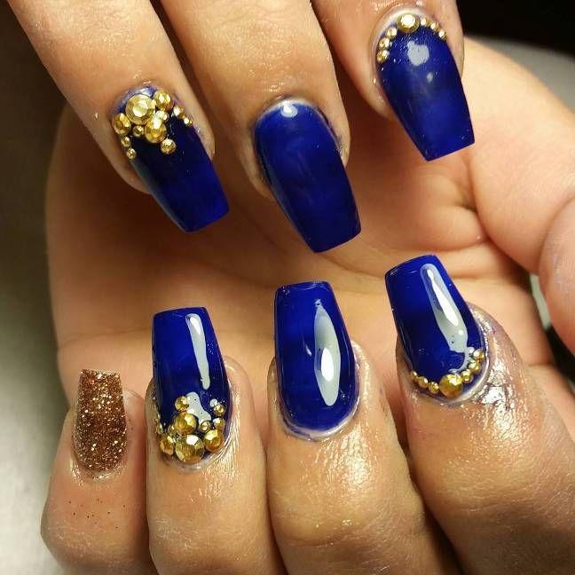 royal blue and gold nail art bmodish - Experience The Glamorous Style Of Royal Blue Nail Designs Gold