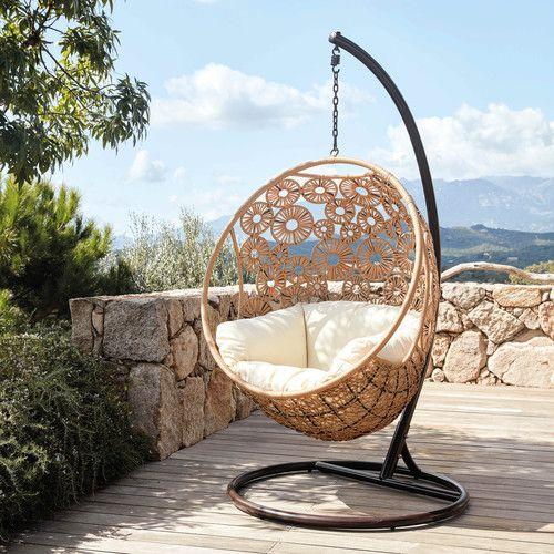 garten h ngesessel aus geflochtenem kunstharz mit naturwei em kissen h ngesessel pinterest. Black Bedroom Furniture Sets. Home Design Ideas