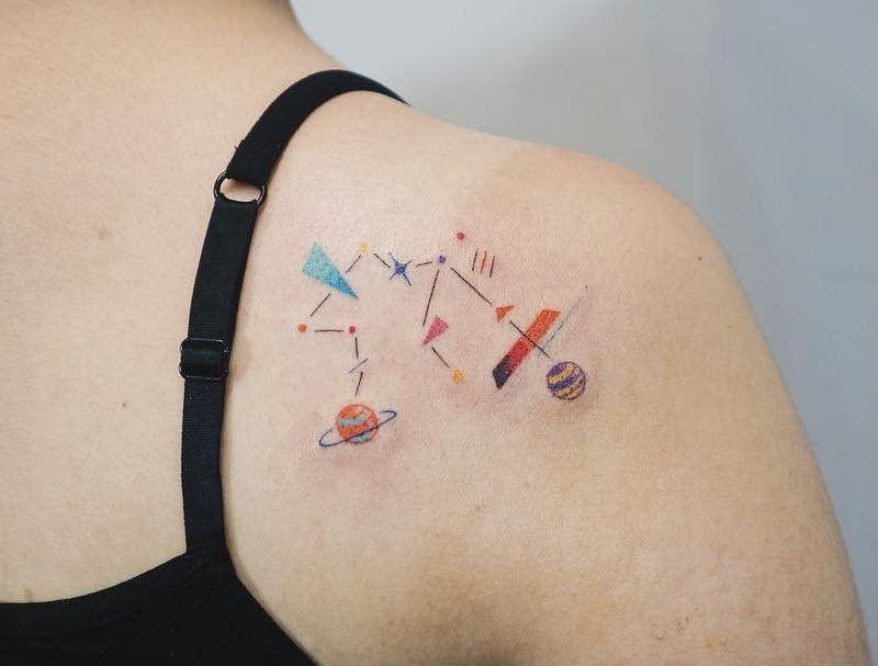 Aquarius Geometric Constellation Shoulder Blade Tattoo - tattooness