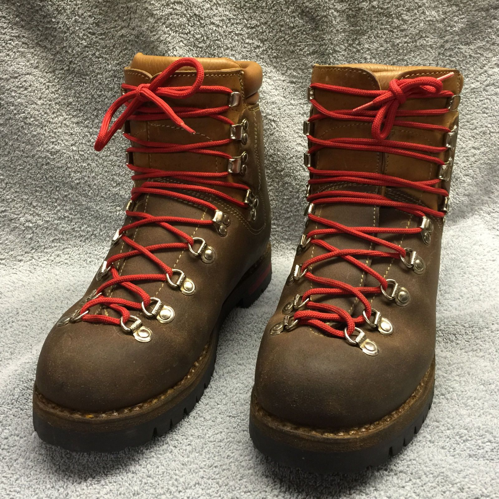 c810bf1e42a74 Details about ROCES vintage made in USA mountaineering hiking Tan ...