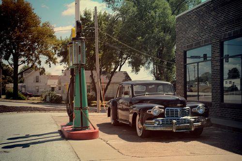 Goober Customer Waitin Gas Station Places Vintage